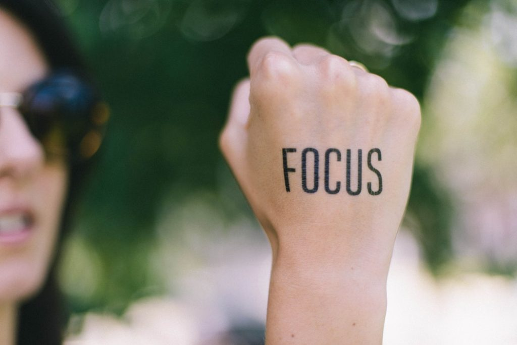 manifesting dream with realistic and focus
